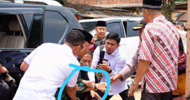 Menko Polhukam Wiranto Ditusuk Orang Yang Tidak Dikenal