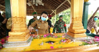 Bupati Landak Resmikan Renovasi Makam Pahlawan Nasional Pengeran Nata Kusuma