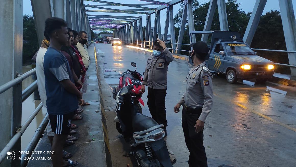 Polsek Ngabang Gelar Patroli Subuh Cegah Aksi Balap Liar