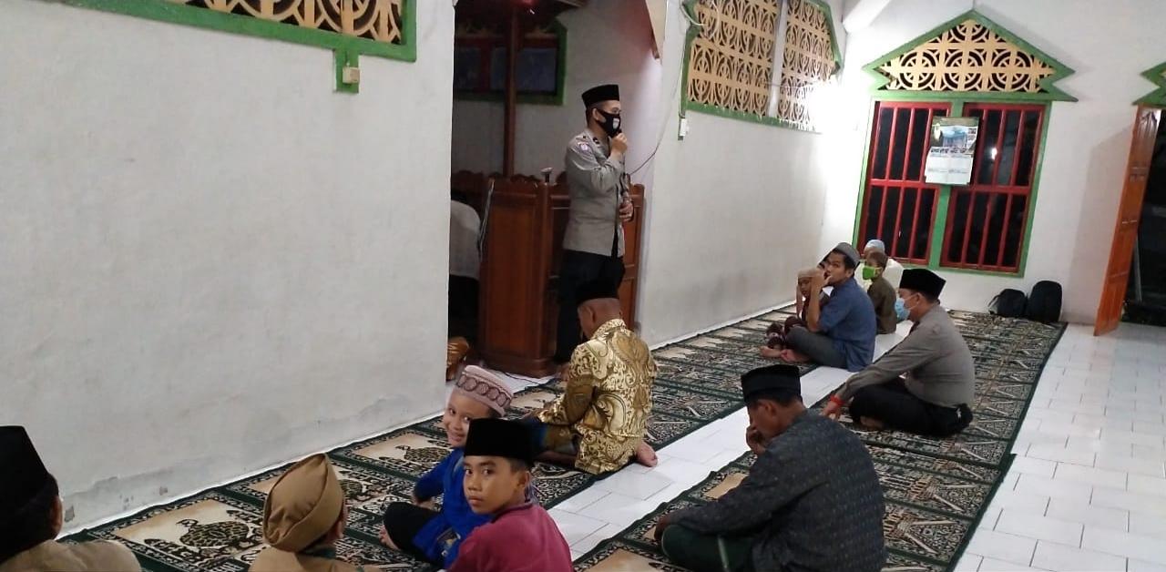 Kunjungi Masjid Iqro, Binmas Polres Landak Kembali Ingatkan Surat Edaran Bupati