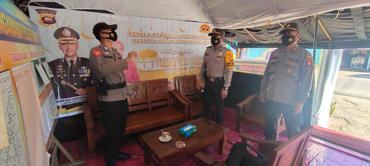 Cek Pos Ops Ketupat Kapuas 2021, Kapolsek Mandor : Laksanakan Tugas Sesuai Arahan
