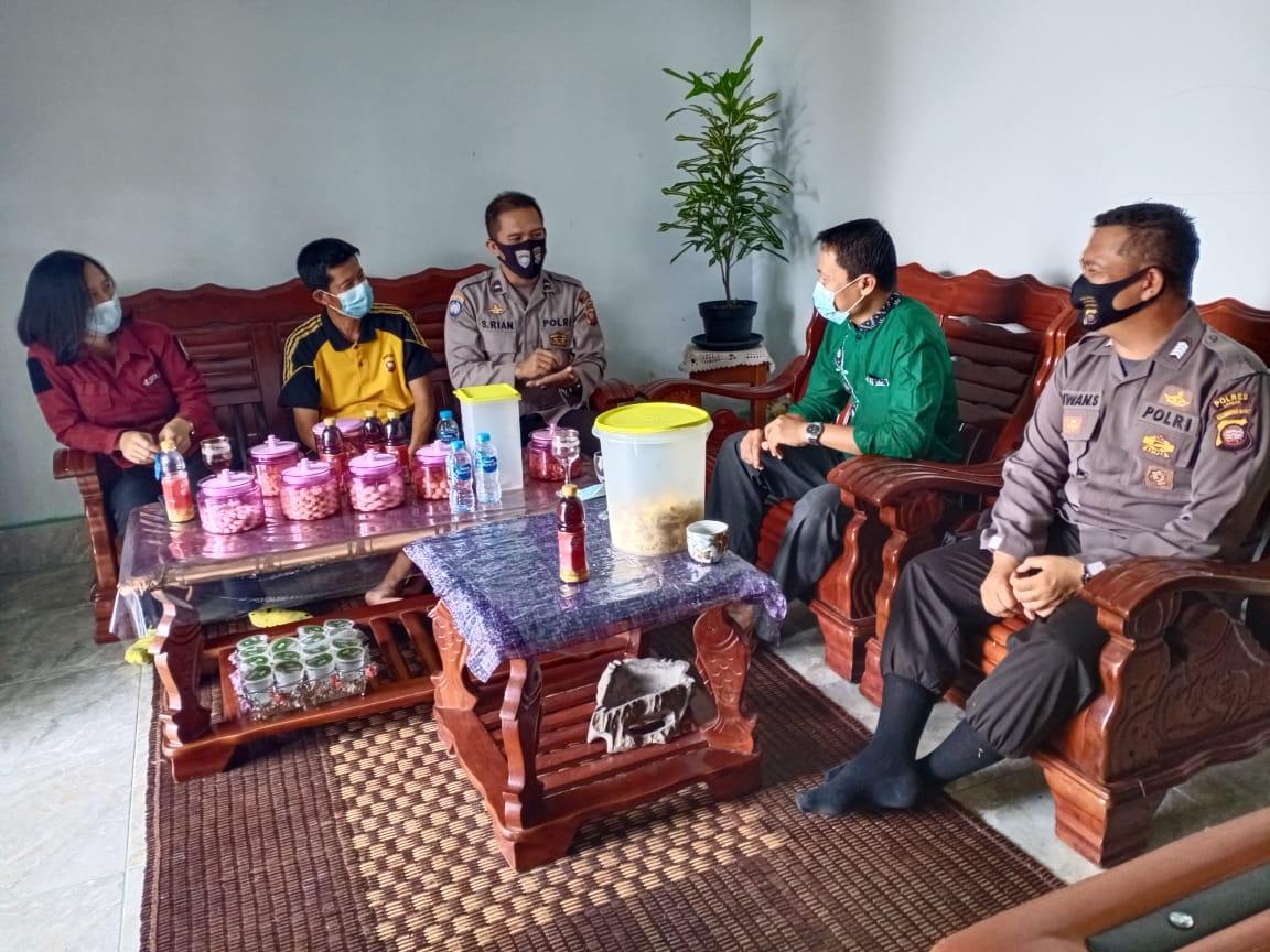 Binmas Polres Landak Gelar Kunjungan di Kediaman Ketua Paguyuban Jawa