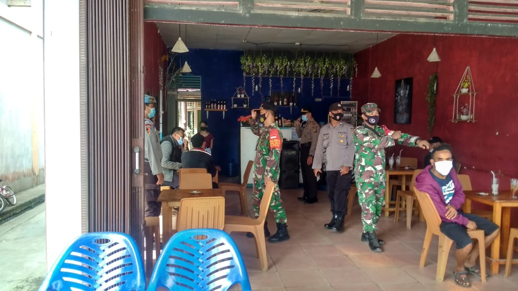 Sepuluh Orang Terjaring Razia Operasi Yustisi di Pasar Karangan