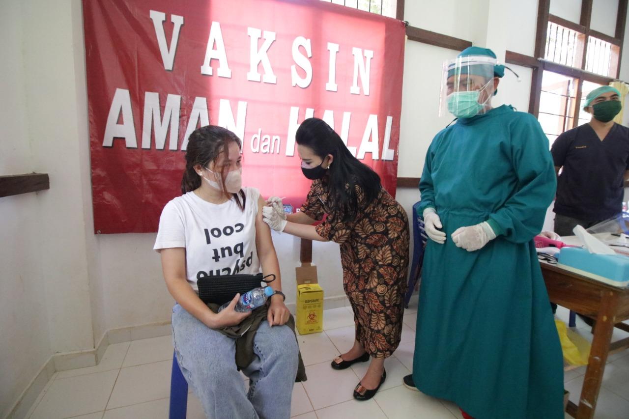 Program Vaksinasi Massal di Kabupaten Landak Capai 10 Persen