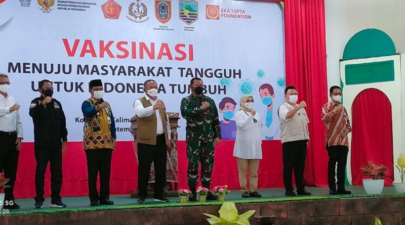 Menyelaraskan langkah dengan menggerakkan perekonomian sembari membentengi diri dari pandemi COVID-19 berlangsung di Serongga - Klumpang Hilir, Kabupaten Kotabaru, Kalimantan Selatan