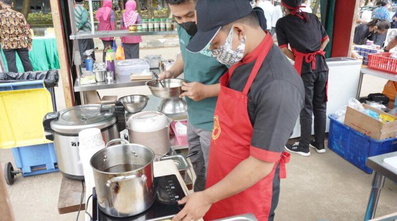 Bantuan Diberikan PLN Kalbar, Mak Sri: Membantu UMKM